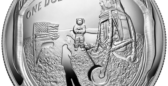 Apollo 11 Commemorative Coin Reverse